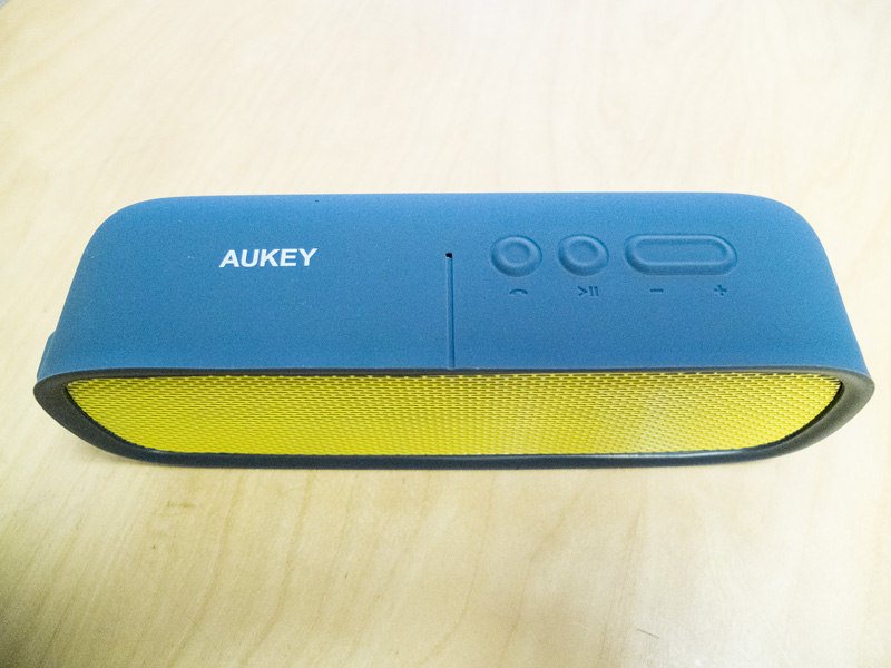 aukey-bluetooth-box4
